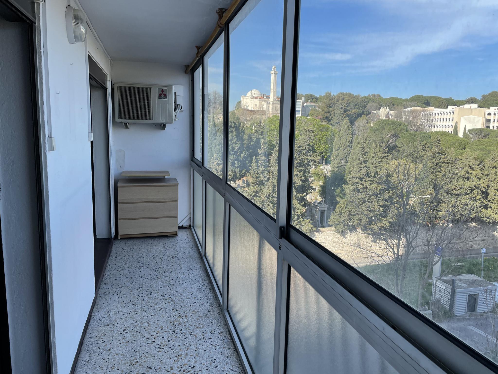 À louer 850 € par mois à Marseille 10 appartement de 60m2
