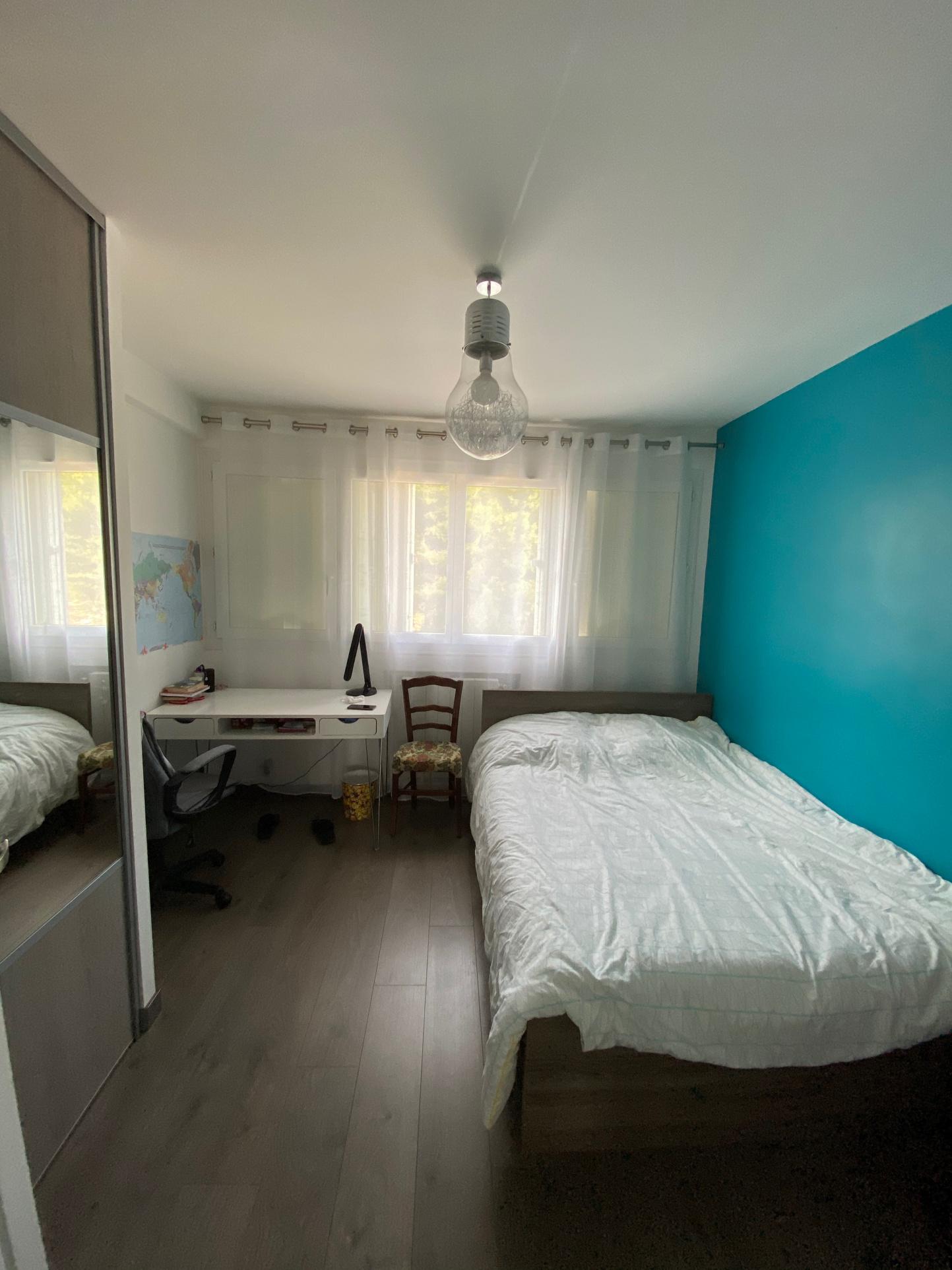 Appartement T4 avec vue mer  refait à neuf  Marseille 15ème résidence parc Kalliste